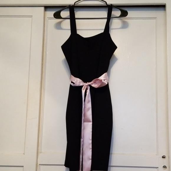 Jessica Howard Dresses & Skirts - Jessica Howard little black dress